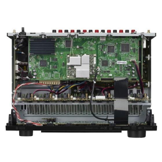 Denon AVR-S960H 8K házimozi erősítő belülről