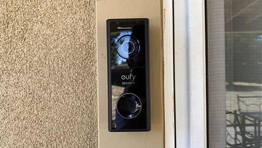 Eufy Doorbell 2K felszerelve