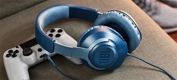 JBL Quantum 100 Gamer fejhallgató mikrofonnal